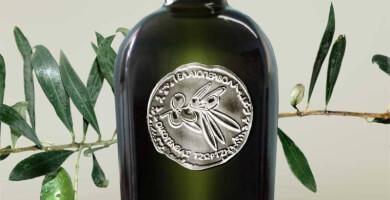 OLVIA Green (Αγουρέλαιο) Extra Virgin Organic Olive Oil - Ελαιοπερίβολα Οικογένειας Τζωρτζή